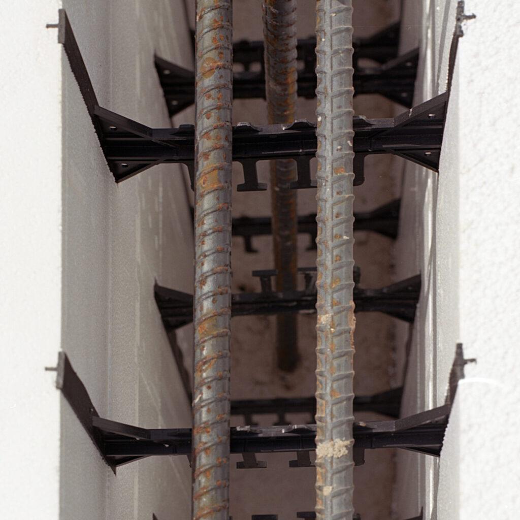 plastic webbing for rebar